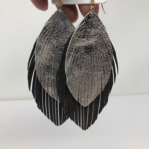 NWT DOUBLE FRINGE LEATHER LEAVES SILVER BLACK